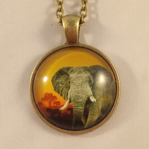 Other - Bronze Gold Elephant Glass Cabochon Necklace